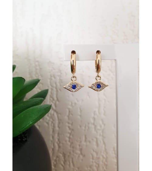 Boucles d'oreilles créoles en plaqué or avec un pendant en forme d'œil serti d'oxydes de zirconium blancs et bleu