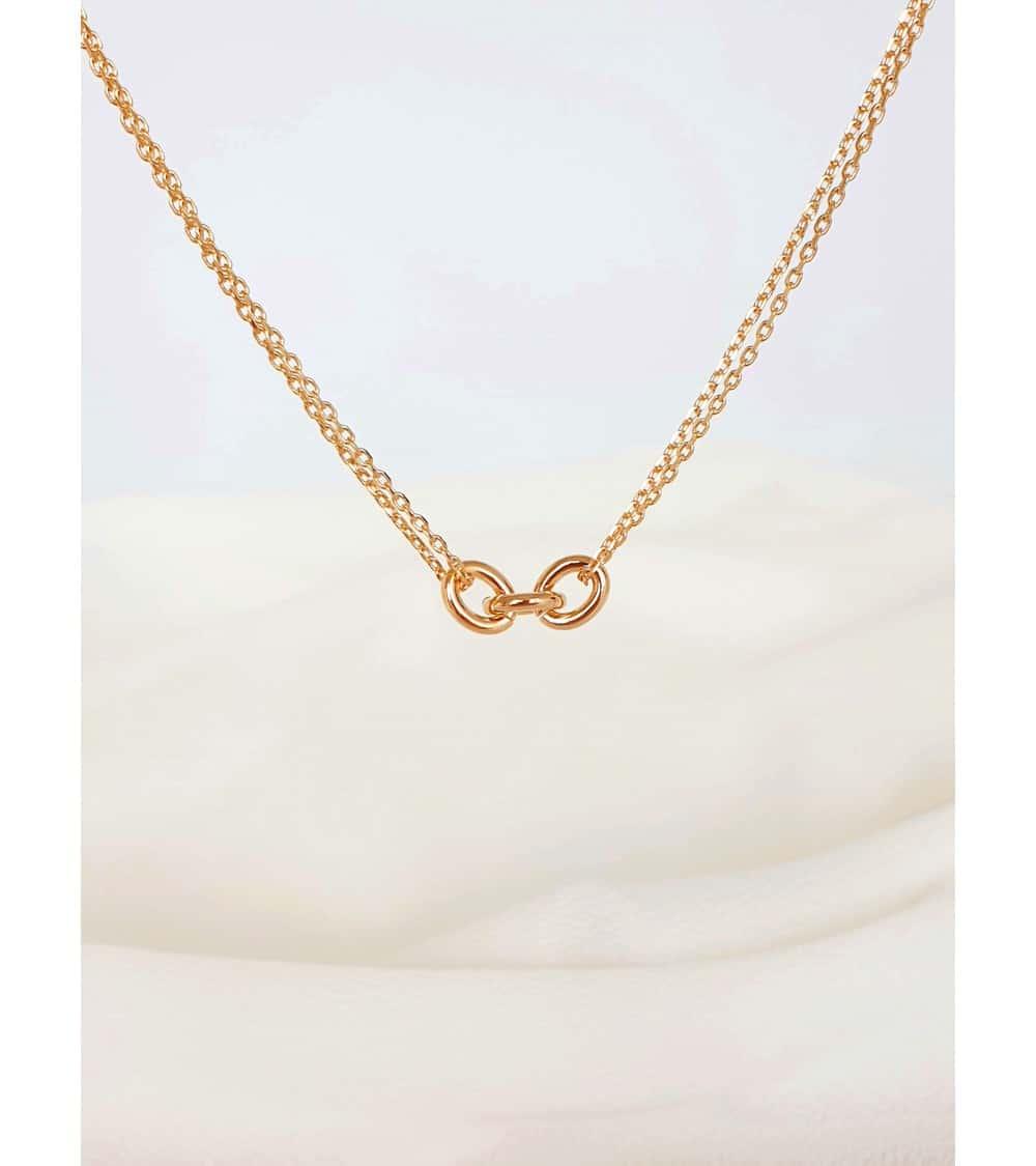 Collier chaîne double maille forçat avec maillons ovales entrelacés, en plaqué or