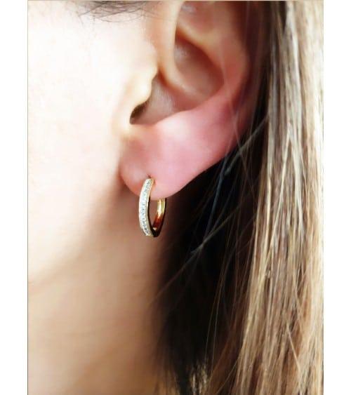 Boucles d'oreilles créoles en plaqué or et oxydes de zirconium micro sertis