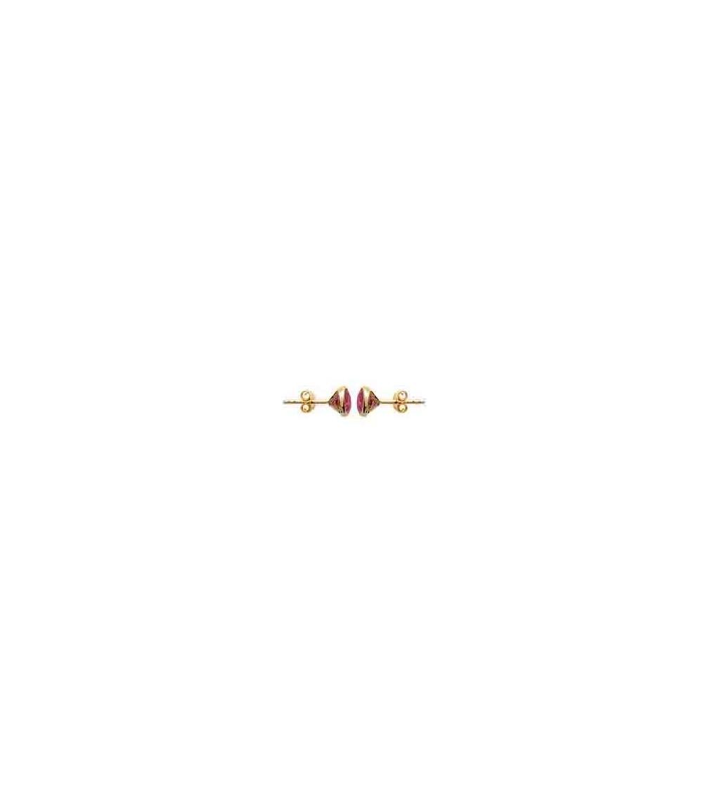 Boucles d'oreilles en plaqué or serties clos avec oxydes de zirconium teintés rouge, avec poussettes