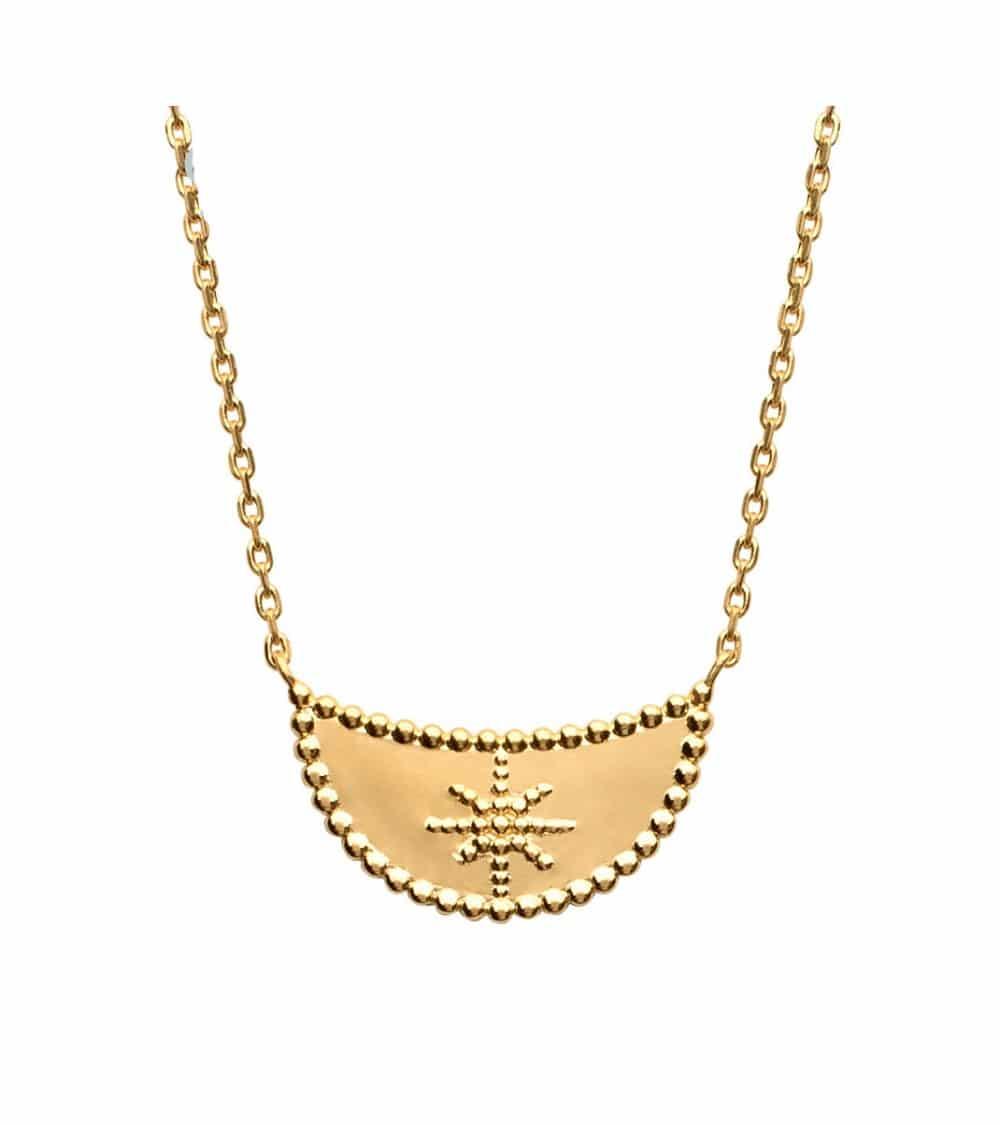 Collier demi lune incrustée d'une étoile, en plaqué or (longueur 45 cm réglable à 42 et 40 cm)