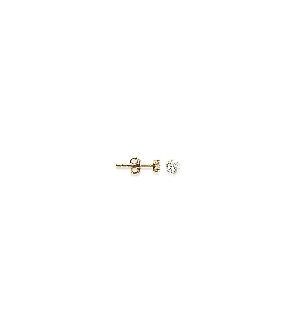 Boucles d'oreilles en plaqué 6 griffes serties d'oxydes de zirconium blancs, avec poussettes (diamètre 4mm)