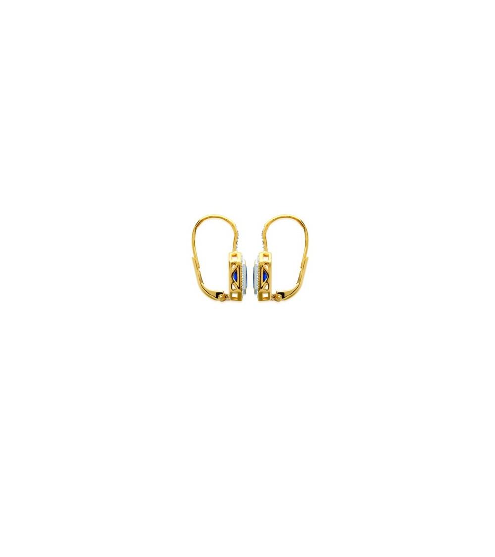 Boucles d'oreilles en plaqué or avec oxydes de zirconium dont un rectangle bleu, fermeture dormeuse