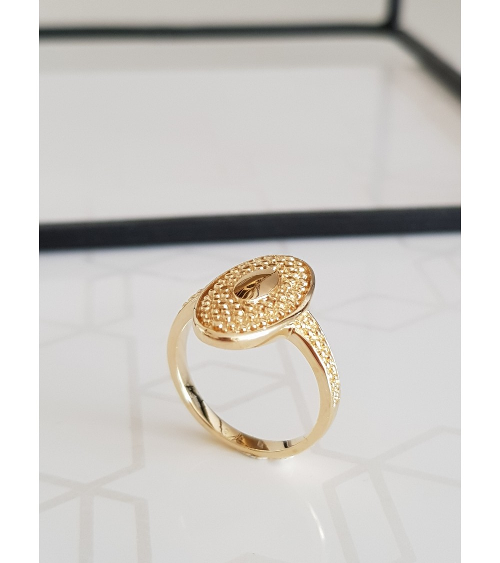Bague ovale avec picots en plaqué or