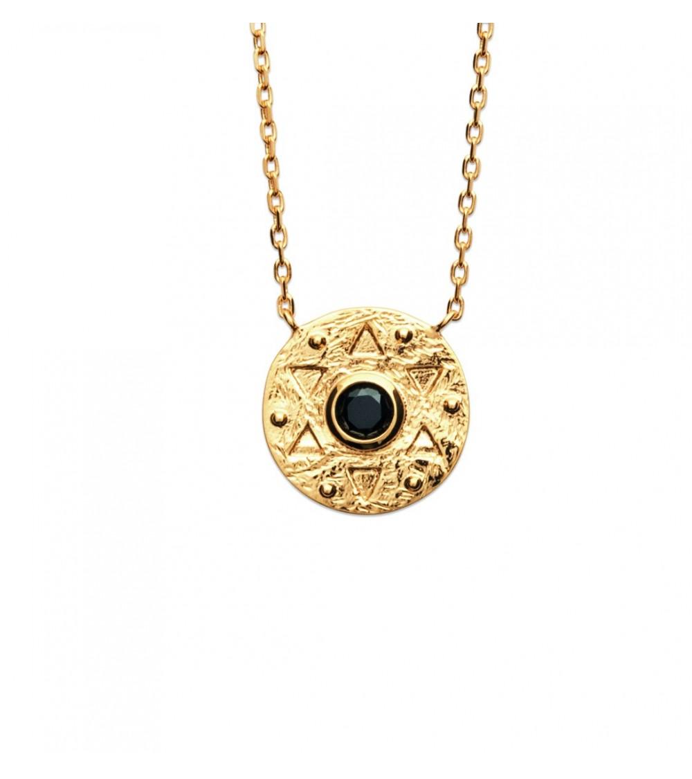 Collier en plaqué or avec pastille étoilée avec une pierre de synthèse noire (longueur 45 cm réglable à 42 et 40 cm)