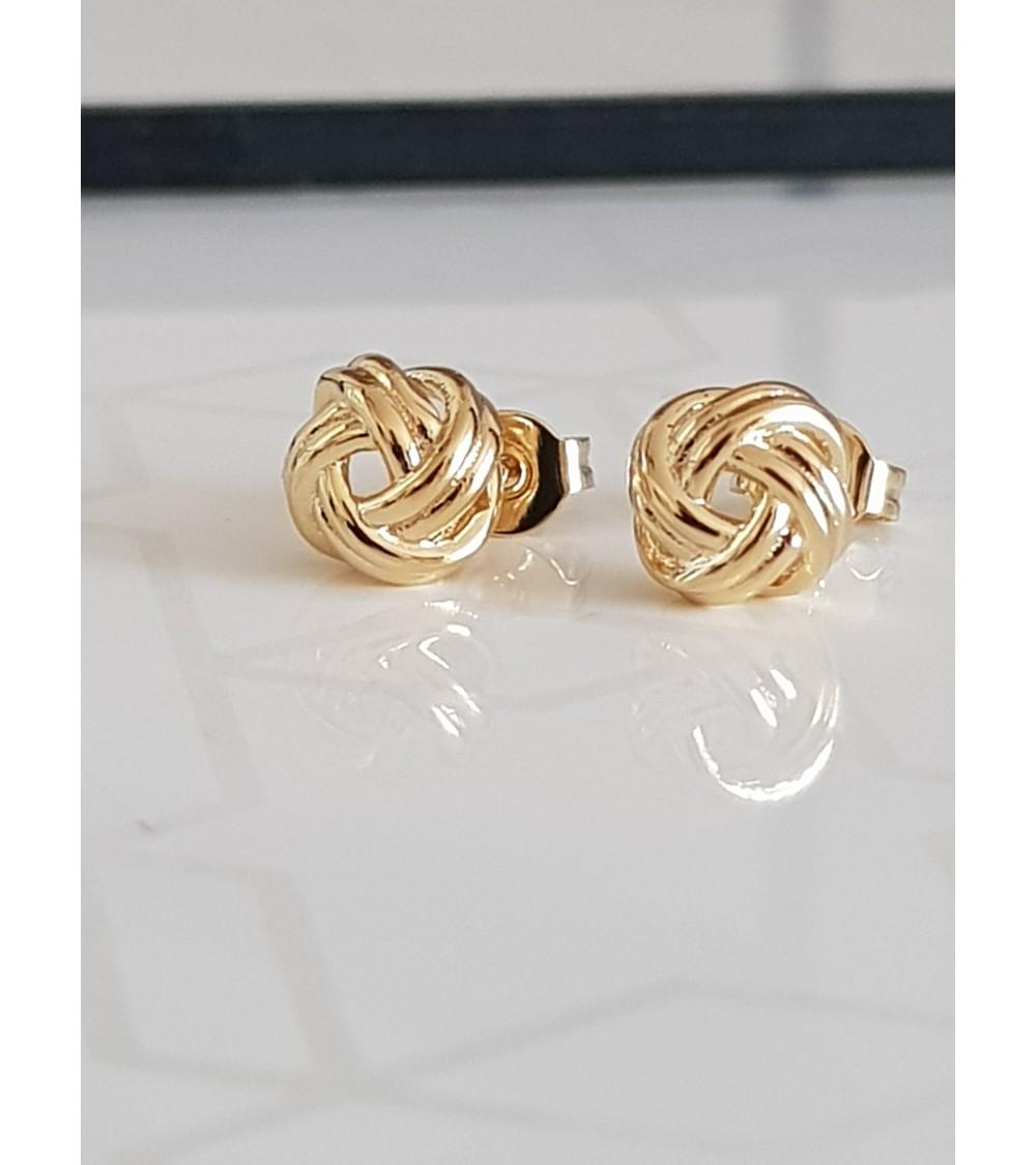 Boucles d'oreilles torsadées en plaqué or, avec poussettes
