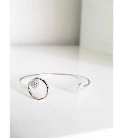 Bracelet rigide ouvert en argent 925/1000 rhodié, avec une pastille sertie d'oxydes de zirconium, et 1 oxyde zirconium