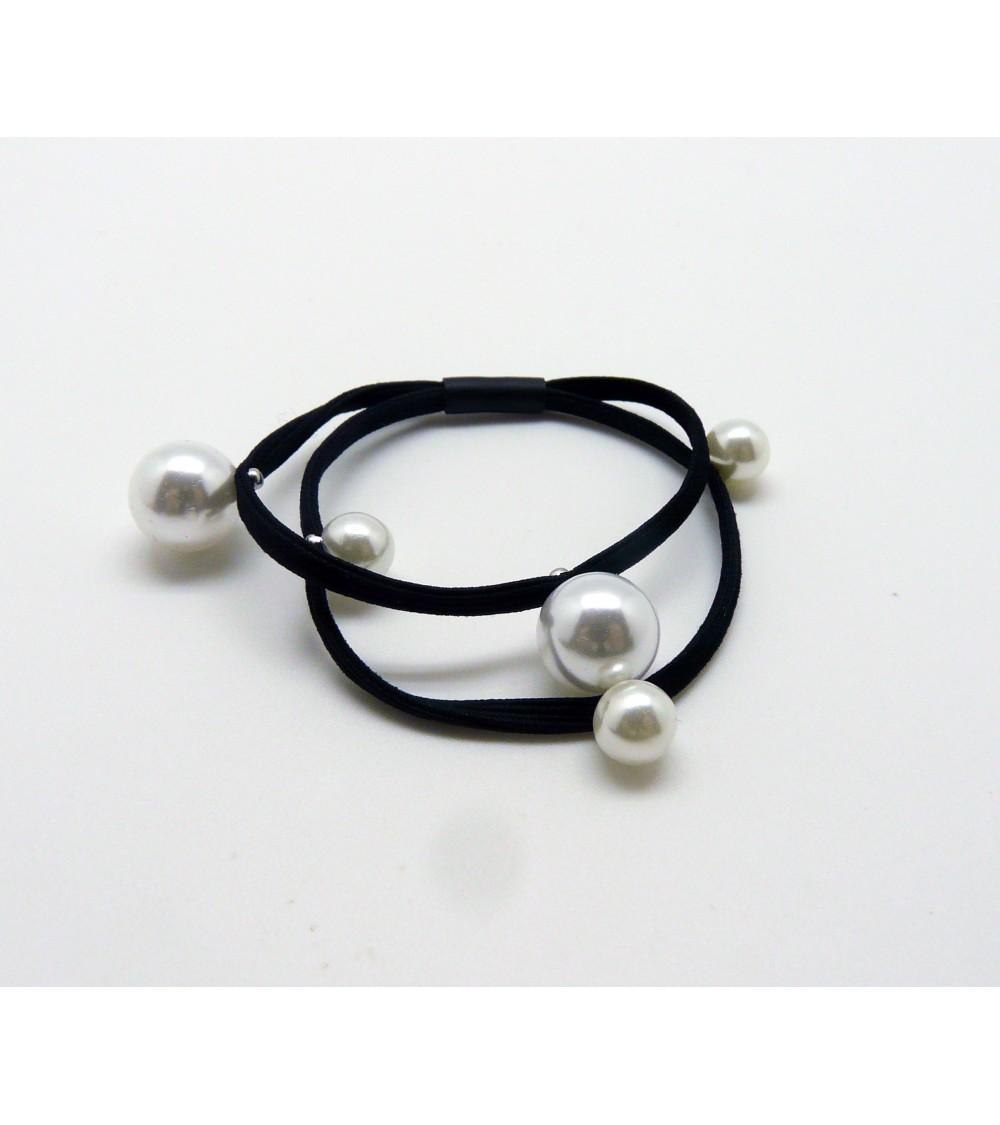 Chouchou double élastique avec perles blanches synthétiques cloutées de 6 mm et 10 mm