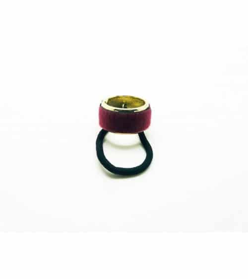 Chouchou élastique avec un anneau en métal doré (diamètre 3 cm) recouvert de fourrure synthétique  bordeaux