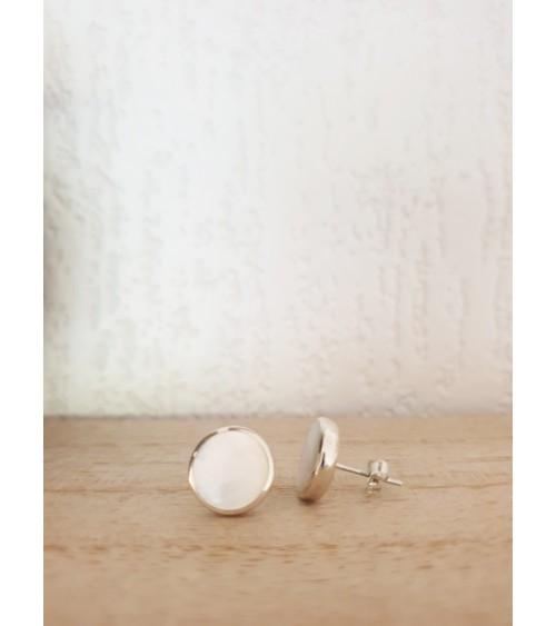 Boucles d'oreilles rondes en argent 925/1000 rhodié et nacre, avec poussettes