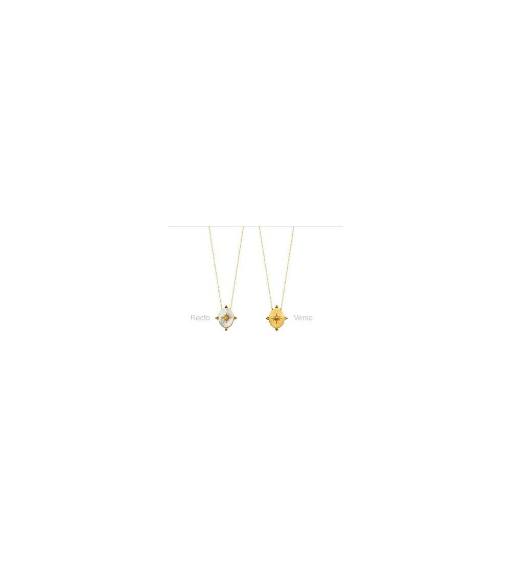 Collier en plaqué or avec un motif ovale réversible en nacre et plaqué or ( longueur 45 cm réglable à 42 et 40 cm)