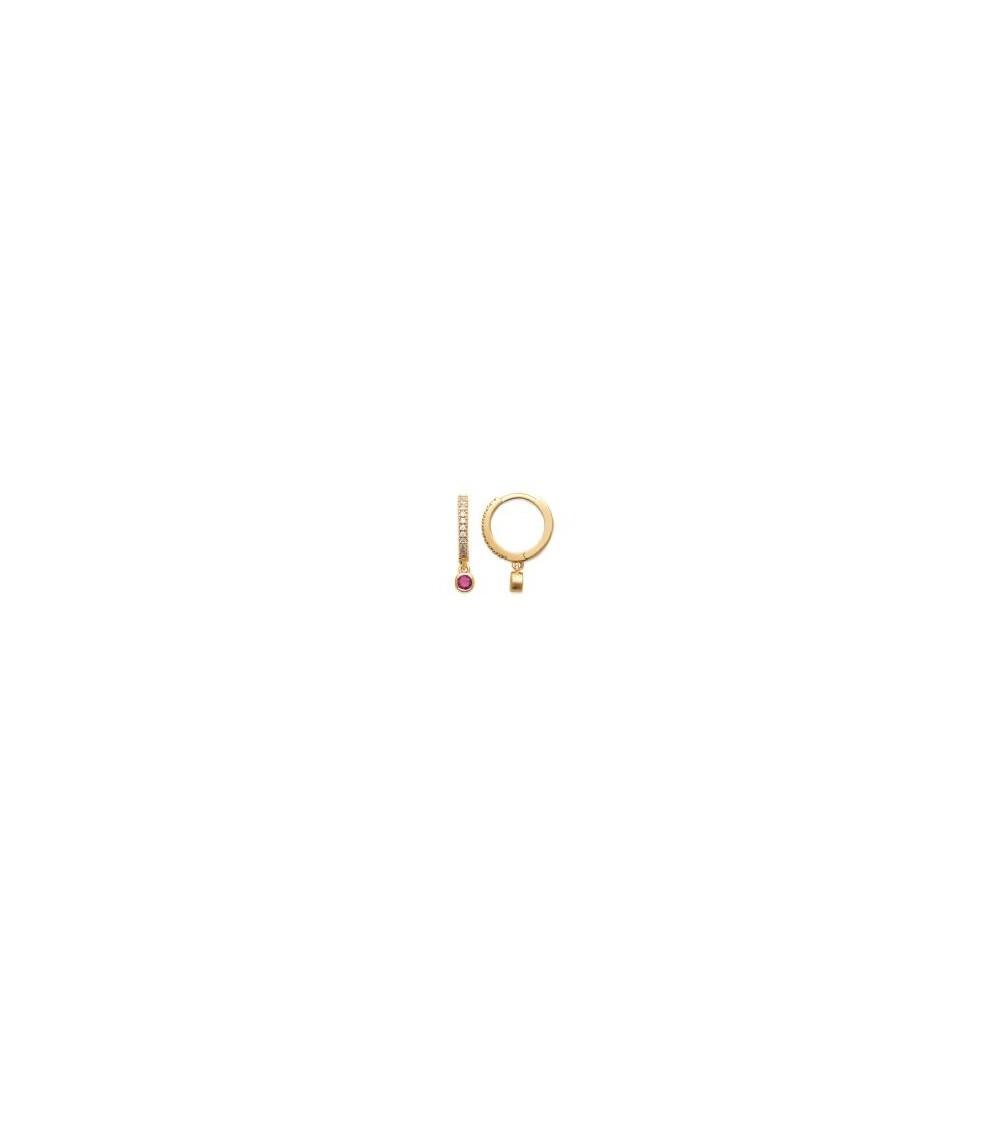 """Boucles d'oreilles créoles en plaqué or et oxydes de zirconium avec un pendant en pierre de synthèse """"framboise"""""""
