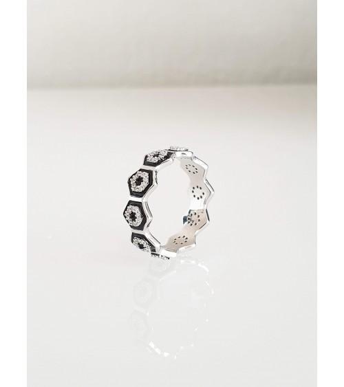 Bague anneau en argent 925/1000 rhodié avec motifs hexagonaux en émail noir et oxydes de zirconium