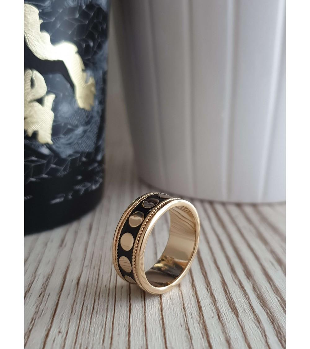Bague anneau en plaqué or et émail noir