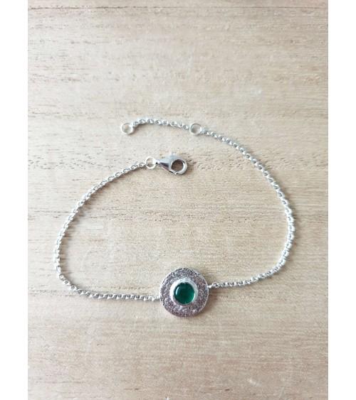 Bracelet en argent 925/1000 rhodié rond comportant une pierre de synthèse verte foncée