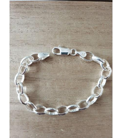 Bracelet en argent 925/1000 à maillons ovales, en longueur 19 cm