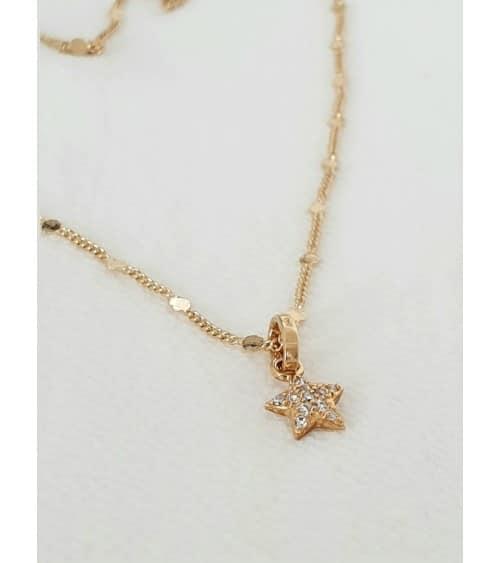 Pendentif étoile en plaqué or et oxydes de zirconium avec chaine en plaqué or agrémentée de petites pastilles