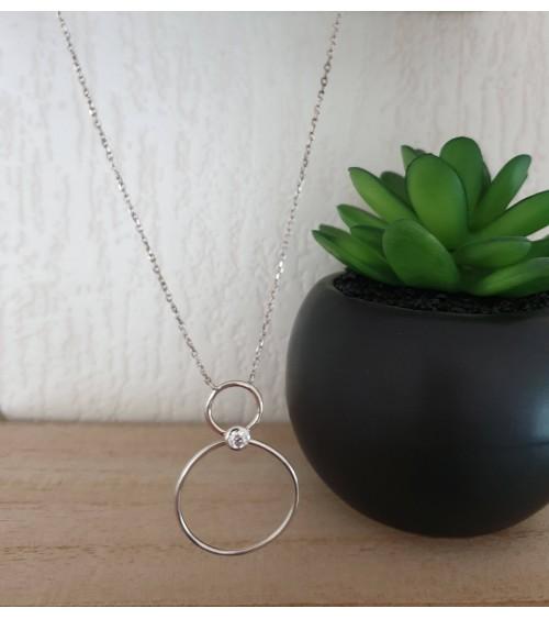 Collier double anneau relié par un oxyde de zirconium, en argent 925/1000 rhodié, en longueur 45 cm ajustable à 42 cm et 40 cm