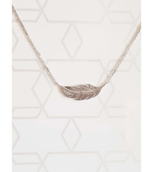 """Collier """"plume"""" en argent 925/1000 rhodié, en longueur 45 cm pouvant être ramenée à 42 cm"""